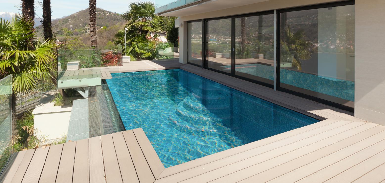 Costruire Una Parete In Vetrocemento piscine in vetro - piscine avantgarde - realizziamo la tua