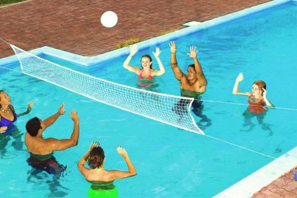 Giochi da fare nella propria piscina